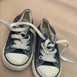 Chuck Taylor Converse All-Stars Baby Shoes Size 5